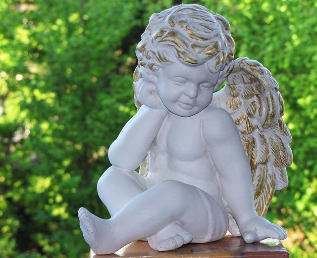 Ангелочек как символ помощи при утрате фото